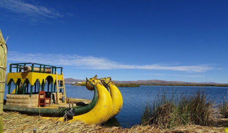 Bolivia to Peru: Tiwanaku, Puno, lake Titicaca and the floating islands